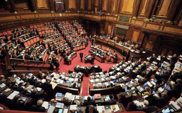 10 buoni motivi per votare 'Sì' e dieci per il 'No' | intervista a Nicotra e Falcone