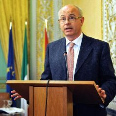 I giudici costituzionali eletti dal Senato non saranno avvocati delle Regioni | Salvatore Curreri